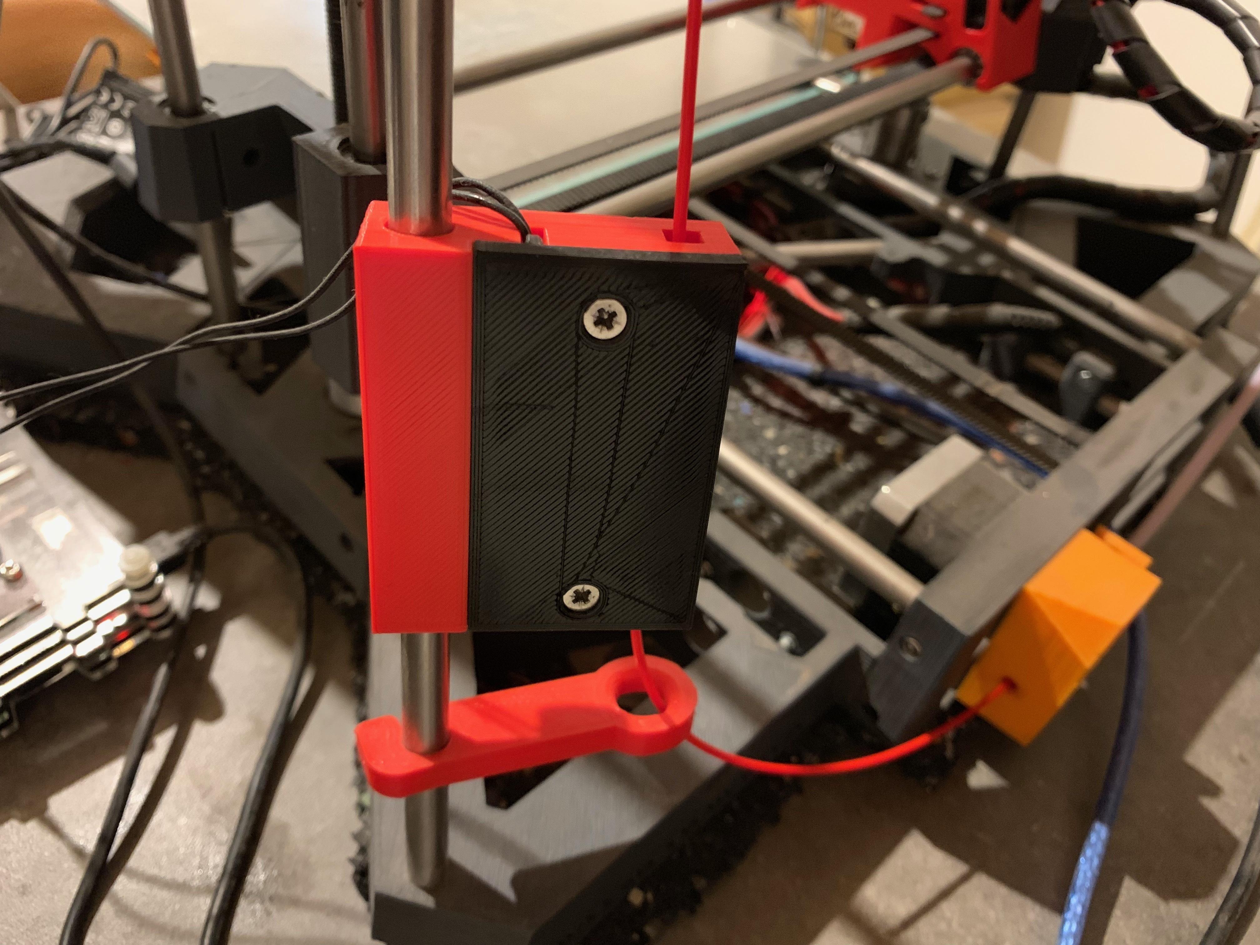 IMG_0640.JPG Télécharger fichier STL gratuit boitier capteur fin filament pour axe 8mm • Design pour imprimante 3D, gerald85