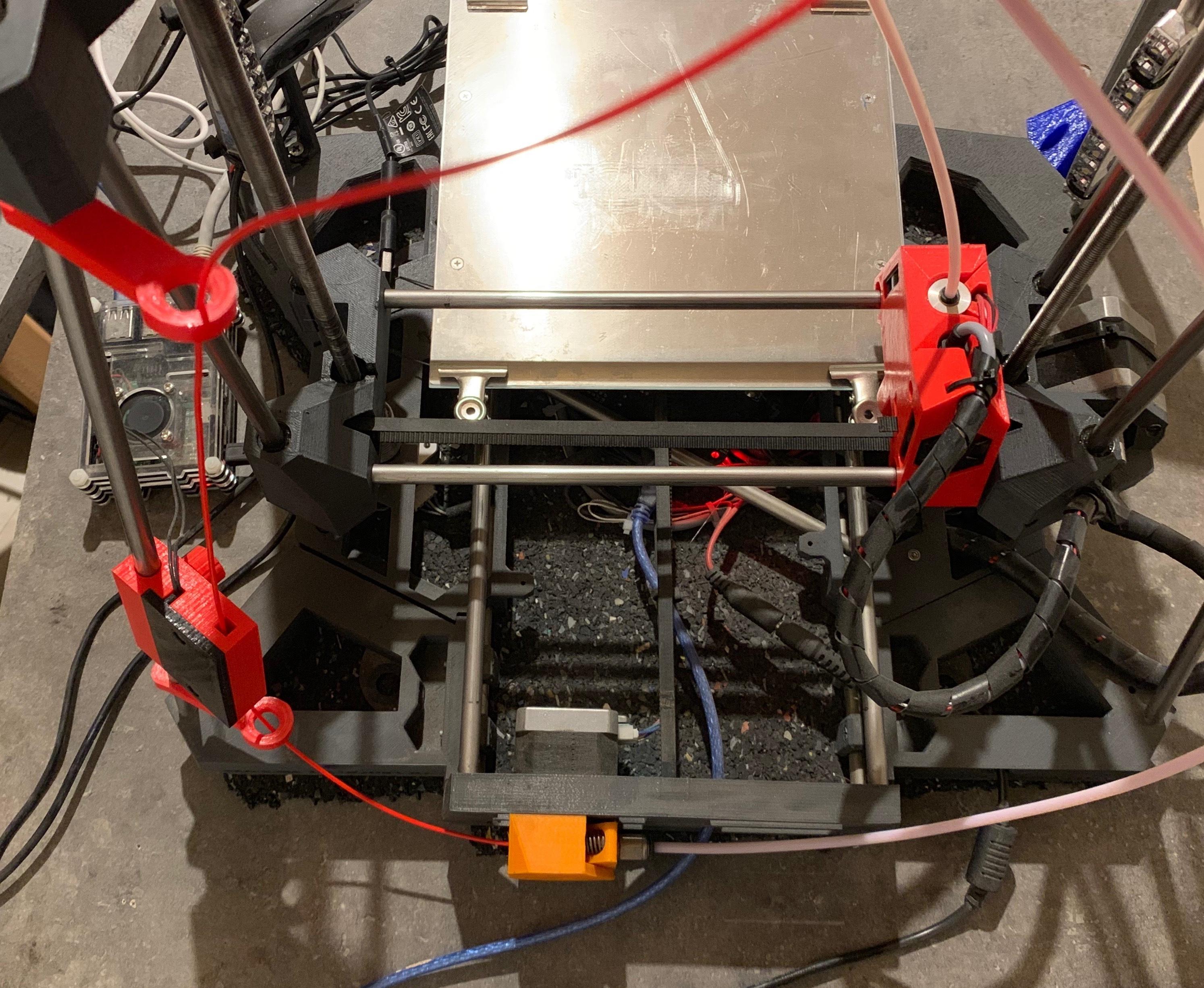 IMG_0639.JPG Télécharger fichier STL gratuit boitier capteur fin filament pour axe 8mm • Design pour imprimante 3D, gerald85