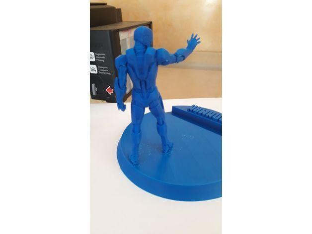 6dcb47f3bba37c8626f41baff84f2003_preview_featured.jpeg Télécharger fichier STL gratuit Iron man Support de téléphone • Objet pour impression 3D, DarkRadamanthys