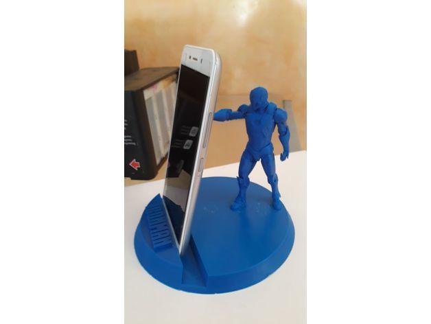 15cd75c107d24f7e20983bb33cdf8a56_preview_featured.jpeg Télécharger fichier STL gratuit Iron man Support de téléphone • Objet pour impression 3D, DarkRadamanthys