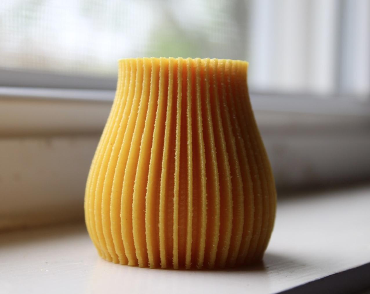 Capture d'écran 2017-05-31 à 19.27.01.png Download STL file Linear Abstract Vase • 3D printer design, 3DPrintingGurus