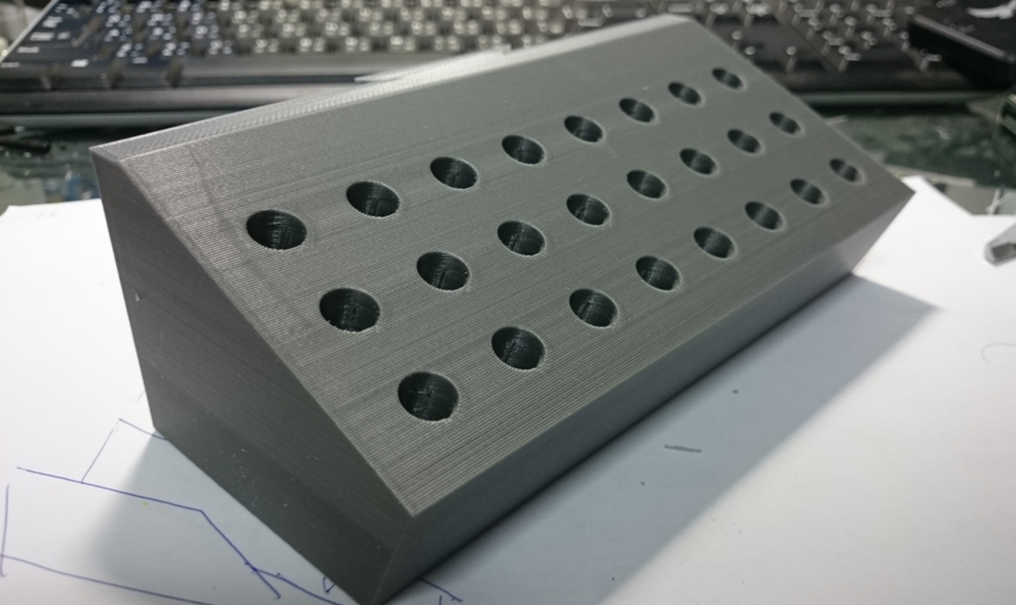 Capture d'écran 2017-06-01 à 10.58.30.png Download free STL file Wiha screwdrivers holder-for Shuter workbenches • 3D print model, SidneyHuang