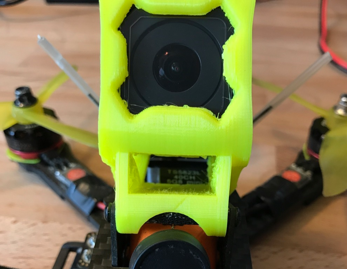 Capture d'écran 2017-06-02 à 14.18.39.png Download free STL file Realacc X210 Gopro Session mount with VTX Vent • Object to 3D print, bromego
