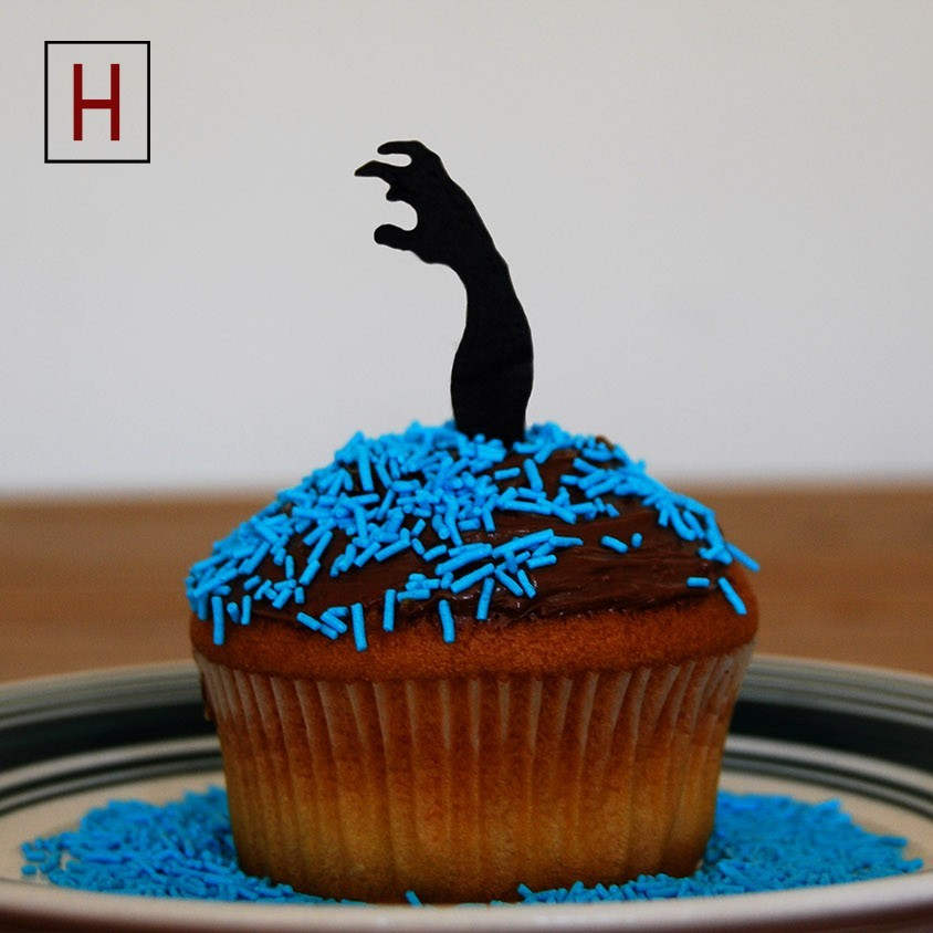 Cults - Topper - Zombie Hand 3 logo.jpg Download STL file Night of the living muffins • 3D printing object, InSpace