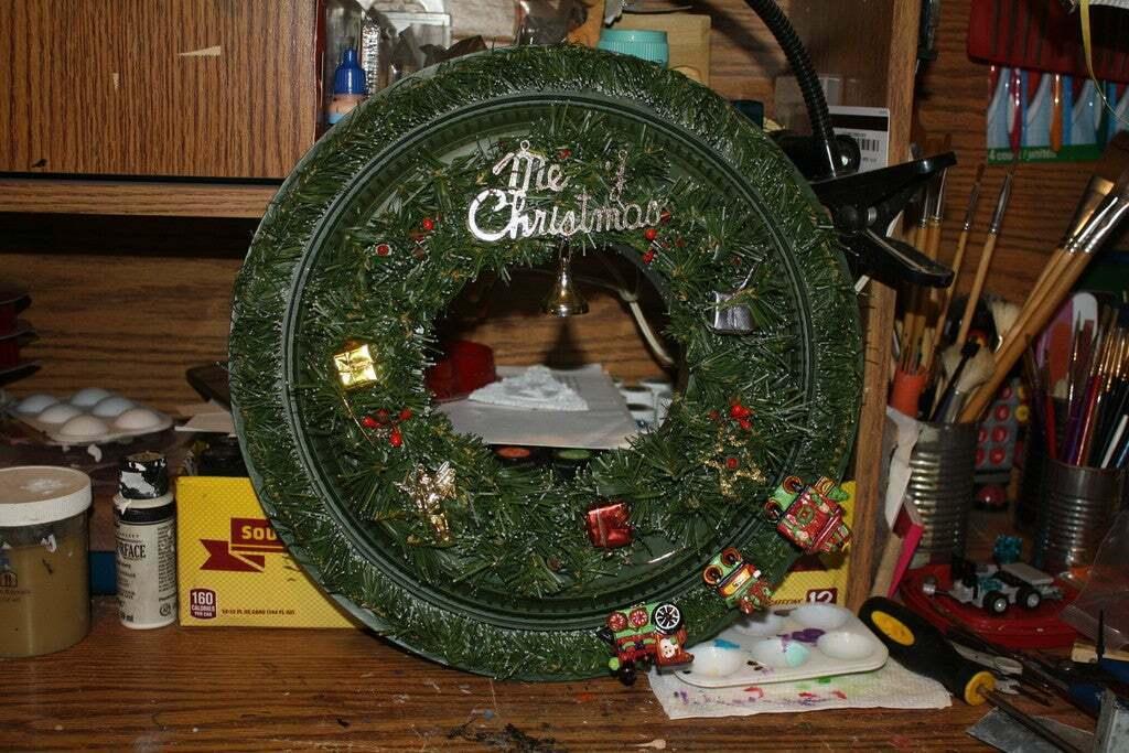 IMG_1930.JPG Download free STL file Christmas Train Musical Wreath Pulley • 3D printing template, rebeltaz
