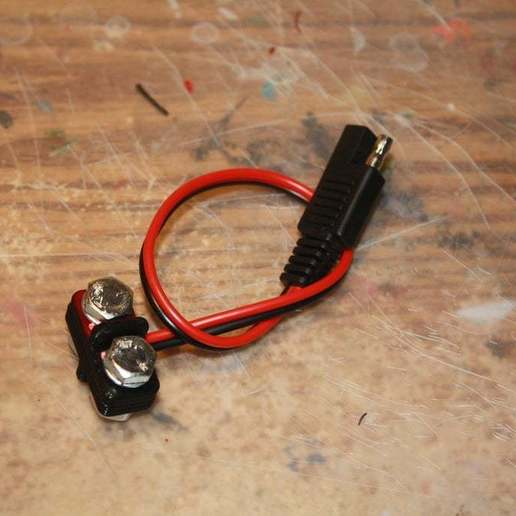 IMG_1890.JPG Download free STL file Charge Adapter • 3D printable model, rebeltaz