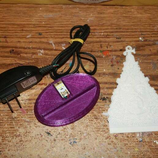 IMG_1944.JPG Download free STL file PrinceMas Ornament with Lighted Base • 3D print template, rebeltaz