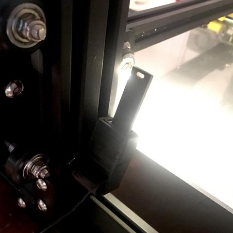 Capture d'écran 2017-09-18 à 11.08.01.png Download free STL file V-slot Extrusion USB Mount (for i.a. CR-10, Tevo Tornado, Anycubic Kossel, Anet E10) • 3D print template, baschz
