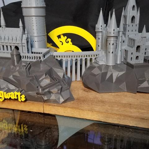 20170614_045201.jpg Télécharger fichier STL gratuit Hogwarts School of Witchcraft • Plan à imprimer en 3D, Valient