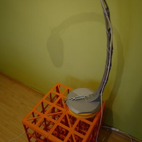 L1020326.JPG Download STL file Adjustable lamp - with vertebrae  • 3D printable object, Ciokobango