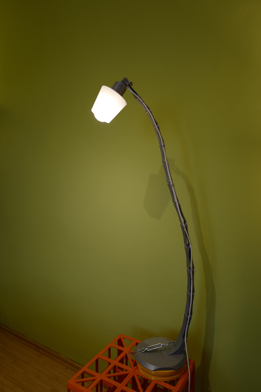 L1020322.JPG Download STL file Adjustable lamp - with vertebrae  • 3D printable object, Ciokobango