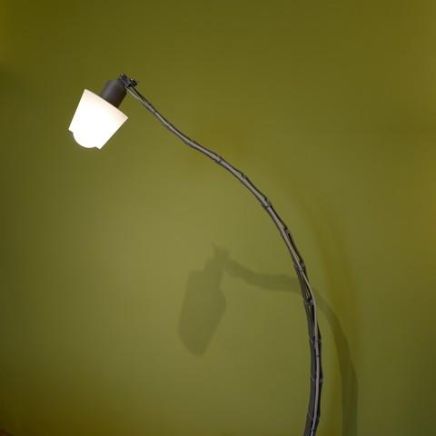 L1020318.JPG Download STL file Adjustable lamp - with vertebrae  • 3D printable object, Ciokobango