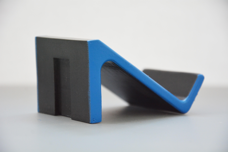 DSC_5507.jpg Download STL file Wall Mounted Controller Shelf (PS4) • Template to 3D print, Adylinn