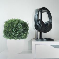 3d model Infinity Headphone Stand, Adylinn