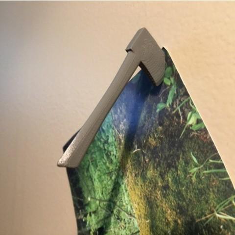 Free 3D print files Axe Pin!, wildrosebuilds
