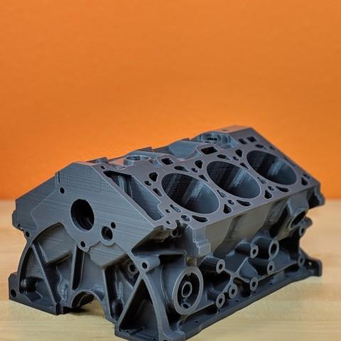 3D printed engine block V6 ・ Cults
