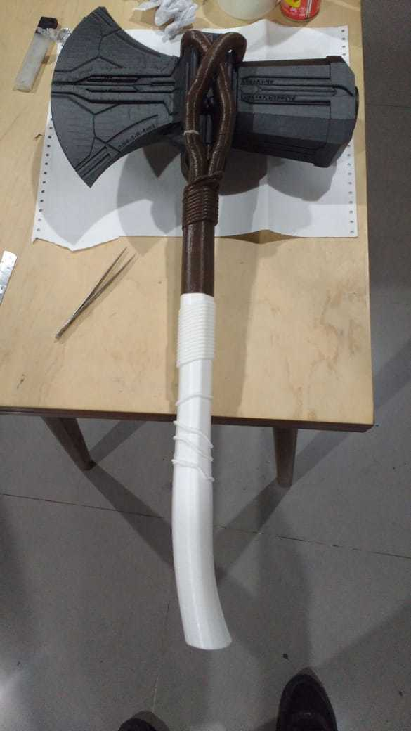 WhatsApp Image 2018-05-25 at 10.07.00 PM.jpeg Download STL file Stormbreaker New Thor's Weapon from infinity war • 3D print model, MLBdesign