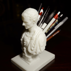 Free STL file Julius Caesar (Improved) Pen/Pencil Holder, derailed