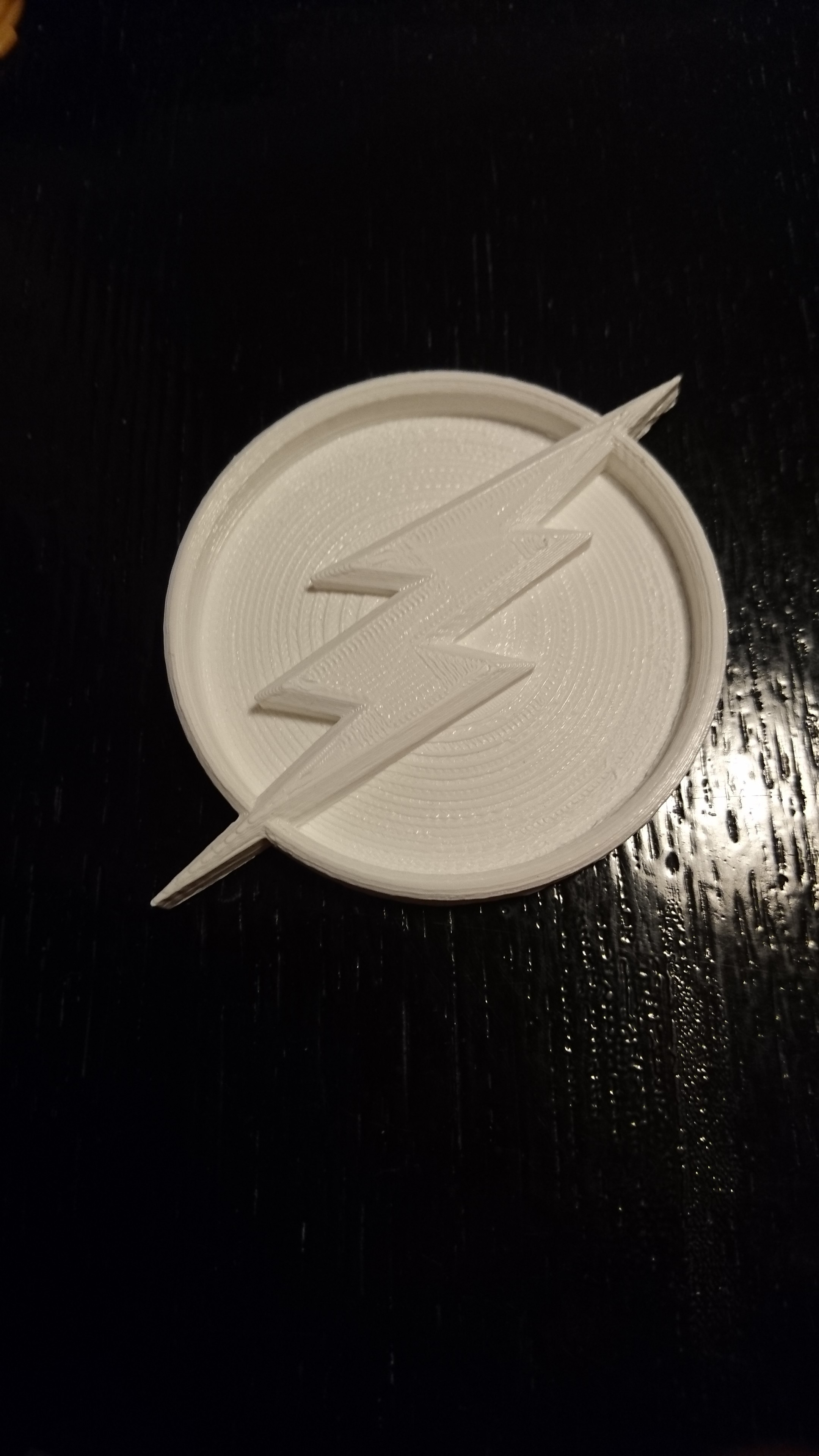 DSC_0022.JPG Download free STL file Flash Logo • 3D printing design, Lys