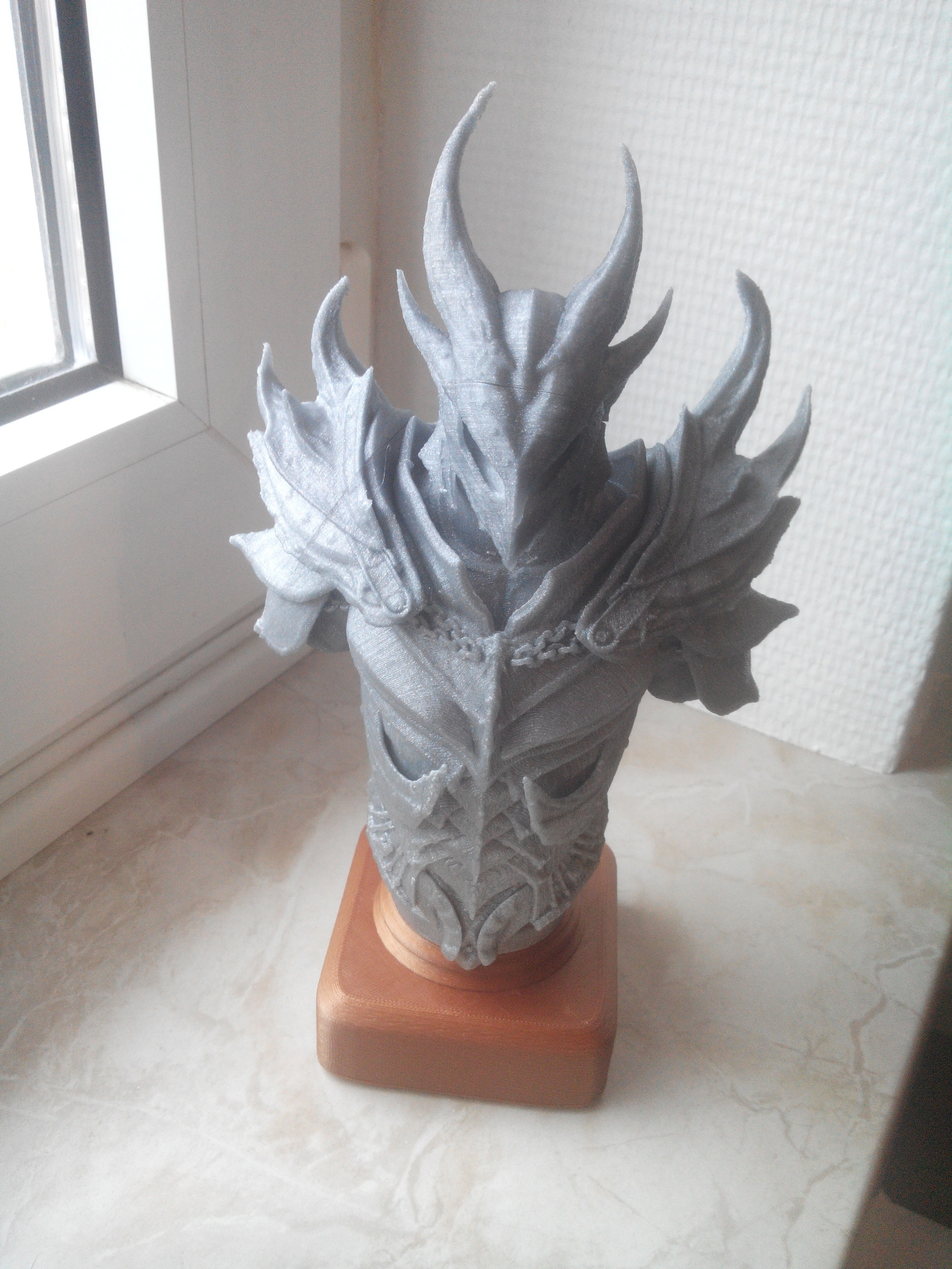 IMG_20180410_180422.jpg Download OBJ file daedra bust • 3D printing design, ErwinVa