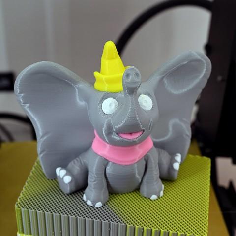 Free STL Dumbo (Easy print no support), steve220