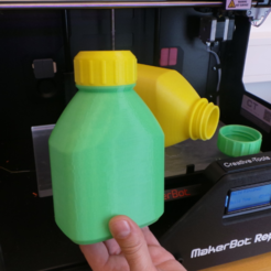 stl 3D printable bottle and screw cap gratis, CreativeTools