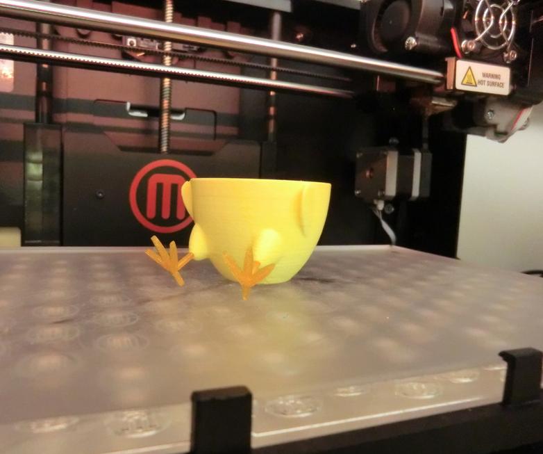 4.png Télécharger fichier STL gratuit Standing-Sitting Chick Egg Cup (smooth surface) • Plan pour impression 3D, CreativeTools