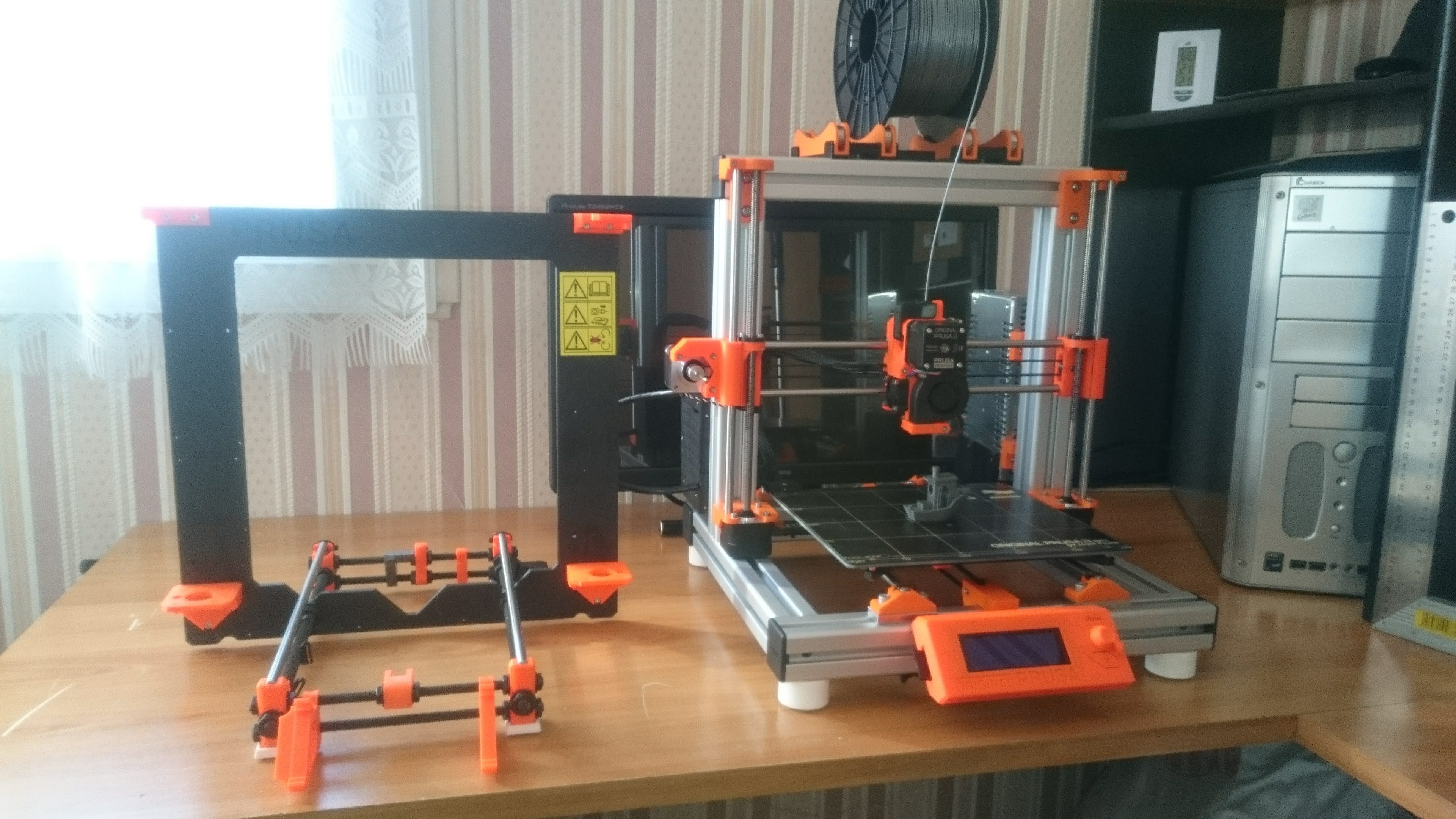 DSC_1048.jpg Download free STL file Modified Prusa i3 MK2S • 3D printer model, Ldom21