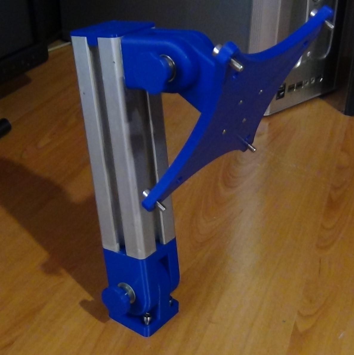 DSC00339.JPG Download free STL file Motorhome TV support • 3D print design, Ldom21