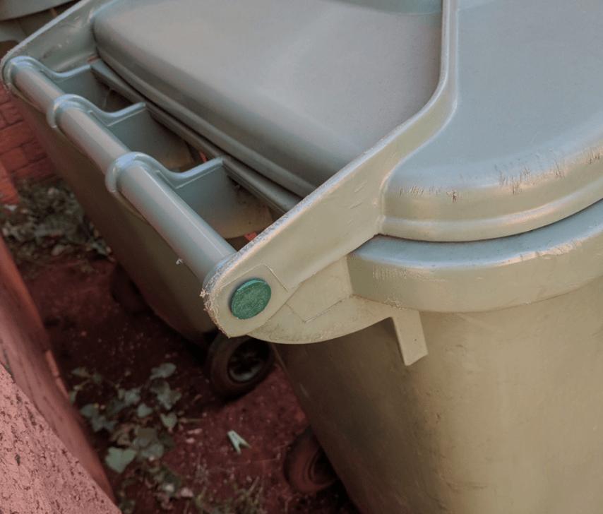 Capture d'écran 2018-05-14 à 15.11.46.png Télécharger fichier STL gratuit Broche de poubelle à roulettes australienne • Plan pour imprimante 3D, sjpiper145