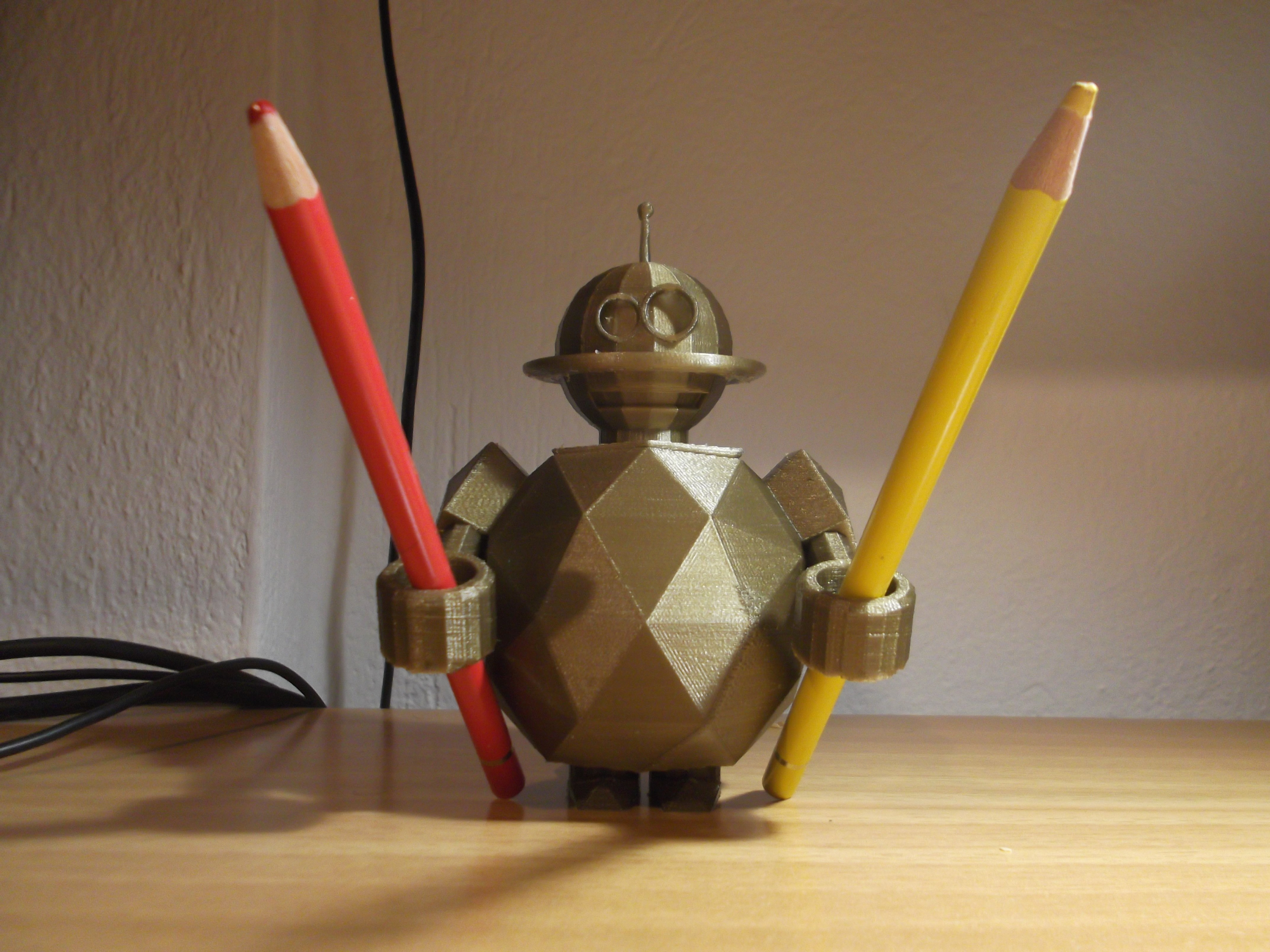 DSCF6131.JPG Download free STL file ROBOT TOOTHBRUSH (OR PEN) HOLDER • Object to 3D print, TED3D
