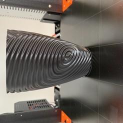 Fichier STL gratuit Vase torsadé gMax pour vase à ondulation torsadée, bpmarkowitz