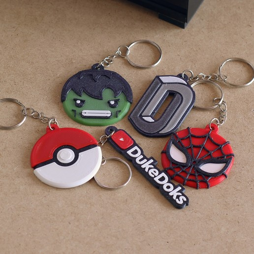 Miniaturas thingiverse 09.jpg Download free STL file Keychain Multicolor Hulk • 3D printer design, dukedoks