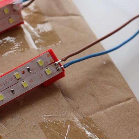 MVI_6958 (0-00-08-13).jpg Télécharger fichier STL gratuit Ajout d'un éclairage à bande LED pour Robo R2 • Modèle à imprimer en 3D, dukedoks