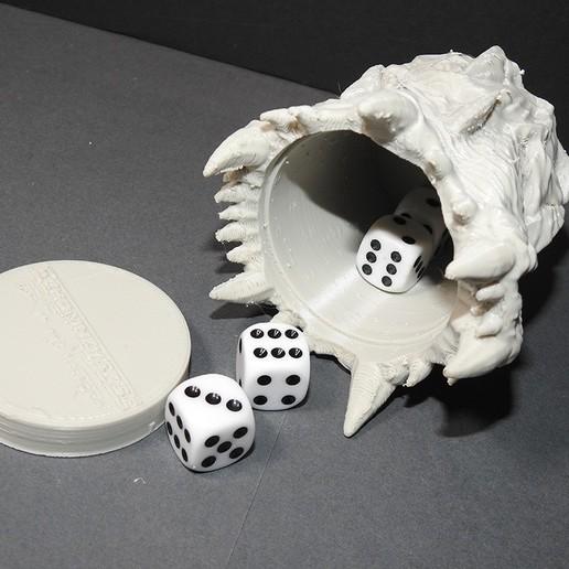 WOTR_dicecup_proto_01.jpg Download free STL file War Of The Ravaged - Dice Cup/Shaker • 3D print design, LSMiniatures
