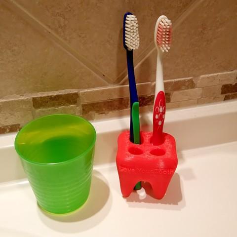 Download STL file Love your teeth Toothbrush holder • 3D printing design, alishanmao