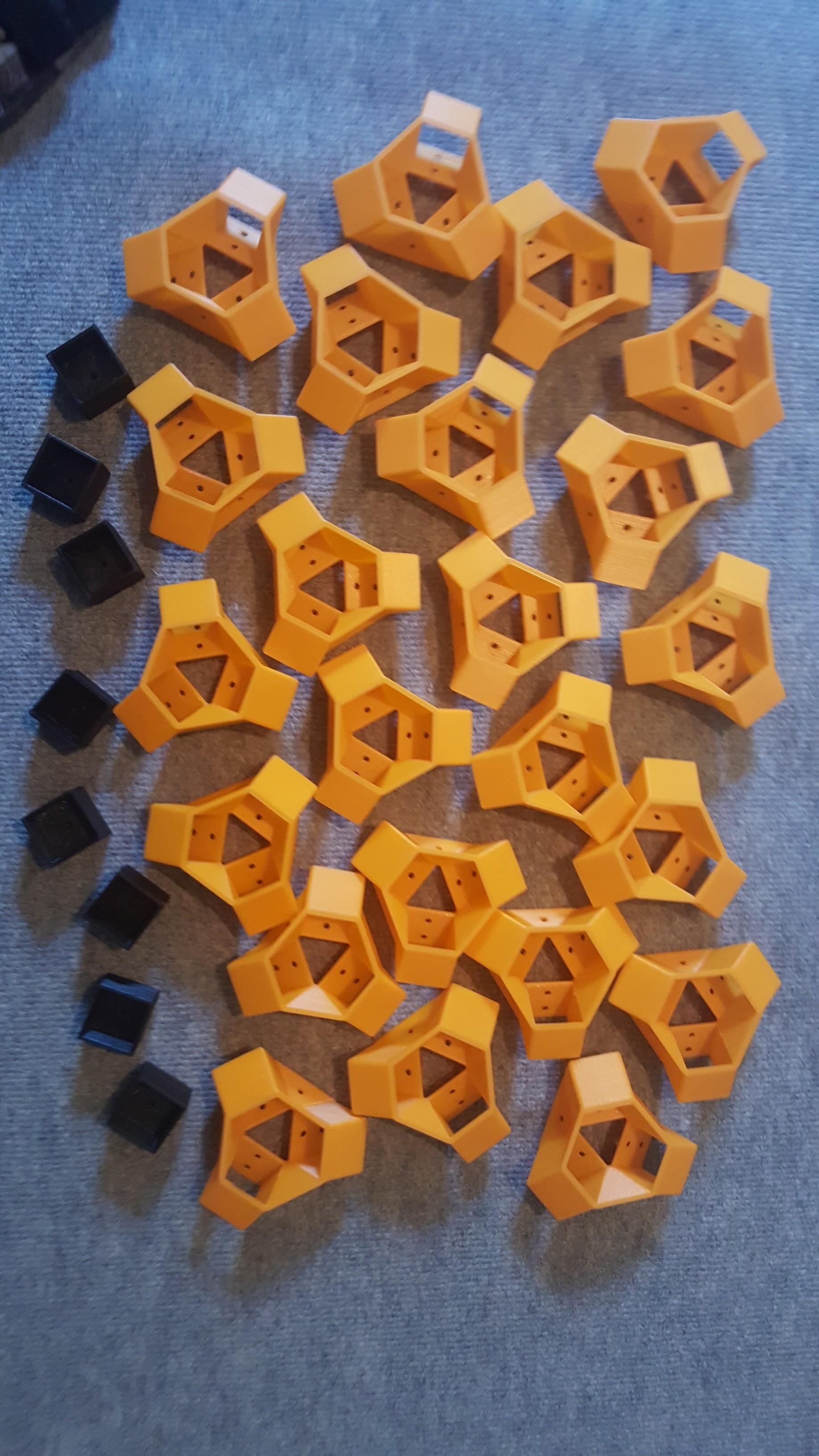 FB_IMG_1506179672097.jpg Download free STL file 3D Printer Cabinet • 3D printing object, tristan24
