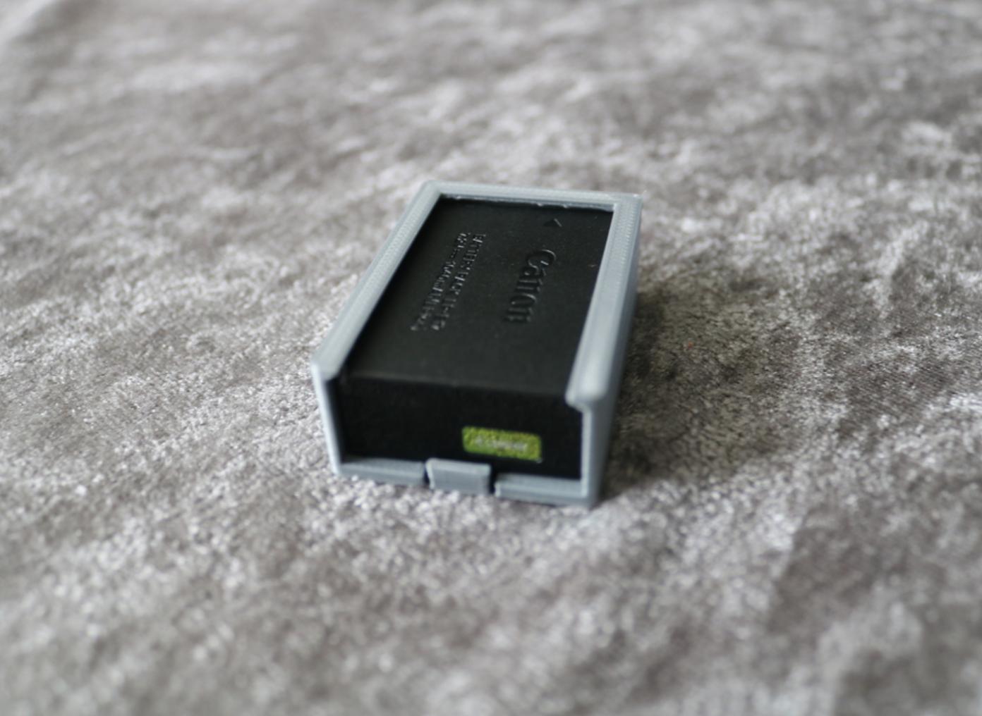 Capture d'écran 2017-10-16 à 15.08.07.png Download free STL file Canon LP-E17 Battery Holder • 3D printing model, JonathanK1906