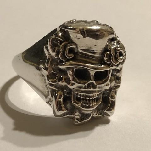 IMG_0808.jpg Download free STL file skull signet ring • 3D printer model, Janusz