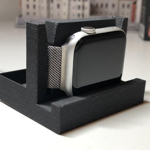 IMG_2901.jpg Télécharger fichier STL gratuit Support de montre Apple • Objet pour imprimante 3D, LukasJandura