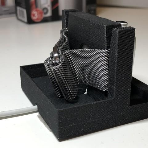 IMG_2902.jpg Télécharger fichier STL gratuit Support de montre Apple • Objet pour imprimante 3D, LukasJandura