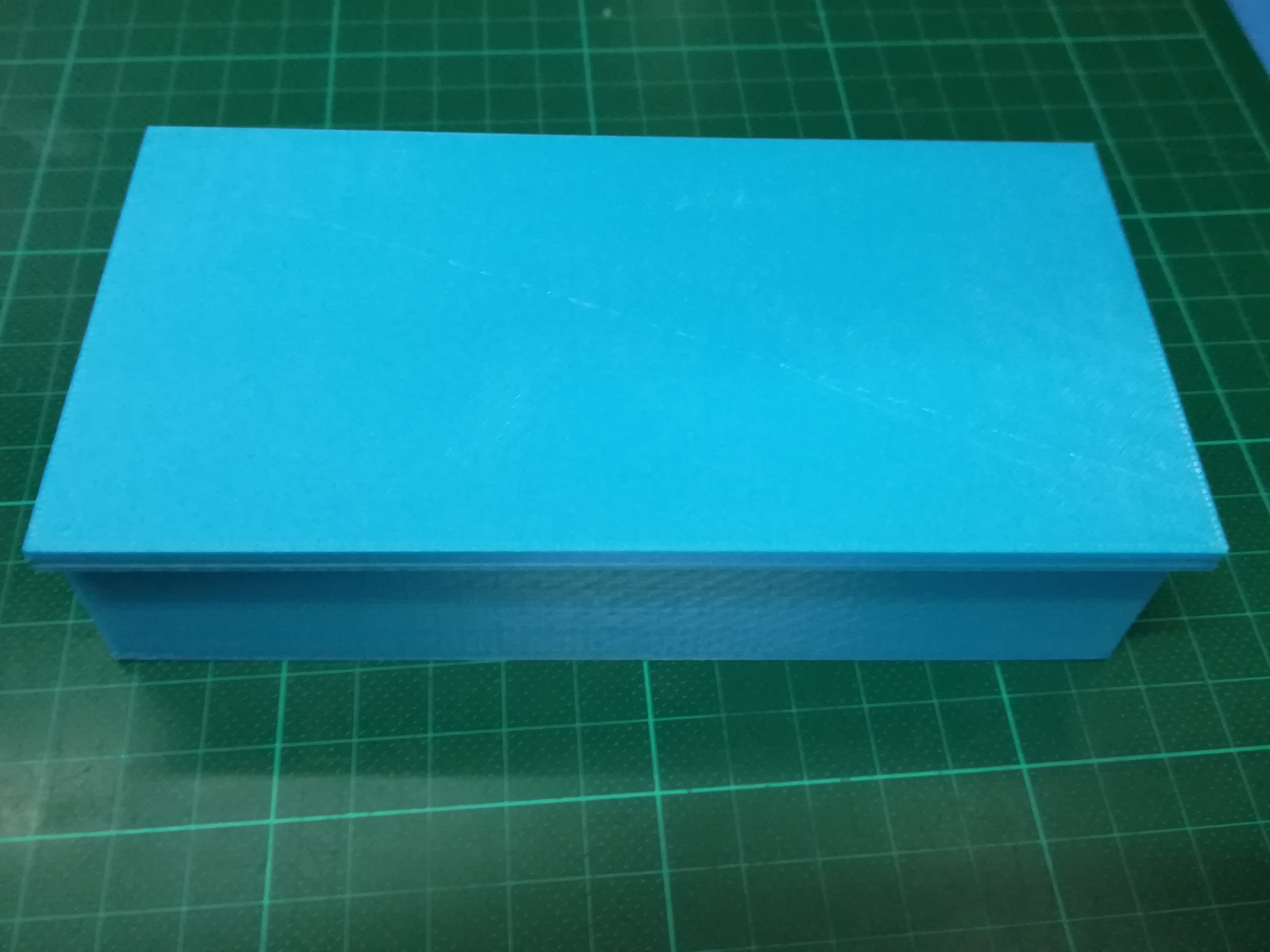 IMG_20180904_215015.jpg Download free STL file Box with sliding lid • 3D printer object, Michael_moi