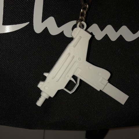 IMG_1044.JPG Download STL file Micro Uzi keychain! • Object to 3D print, Coorbin