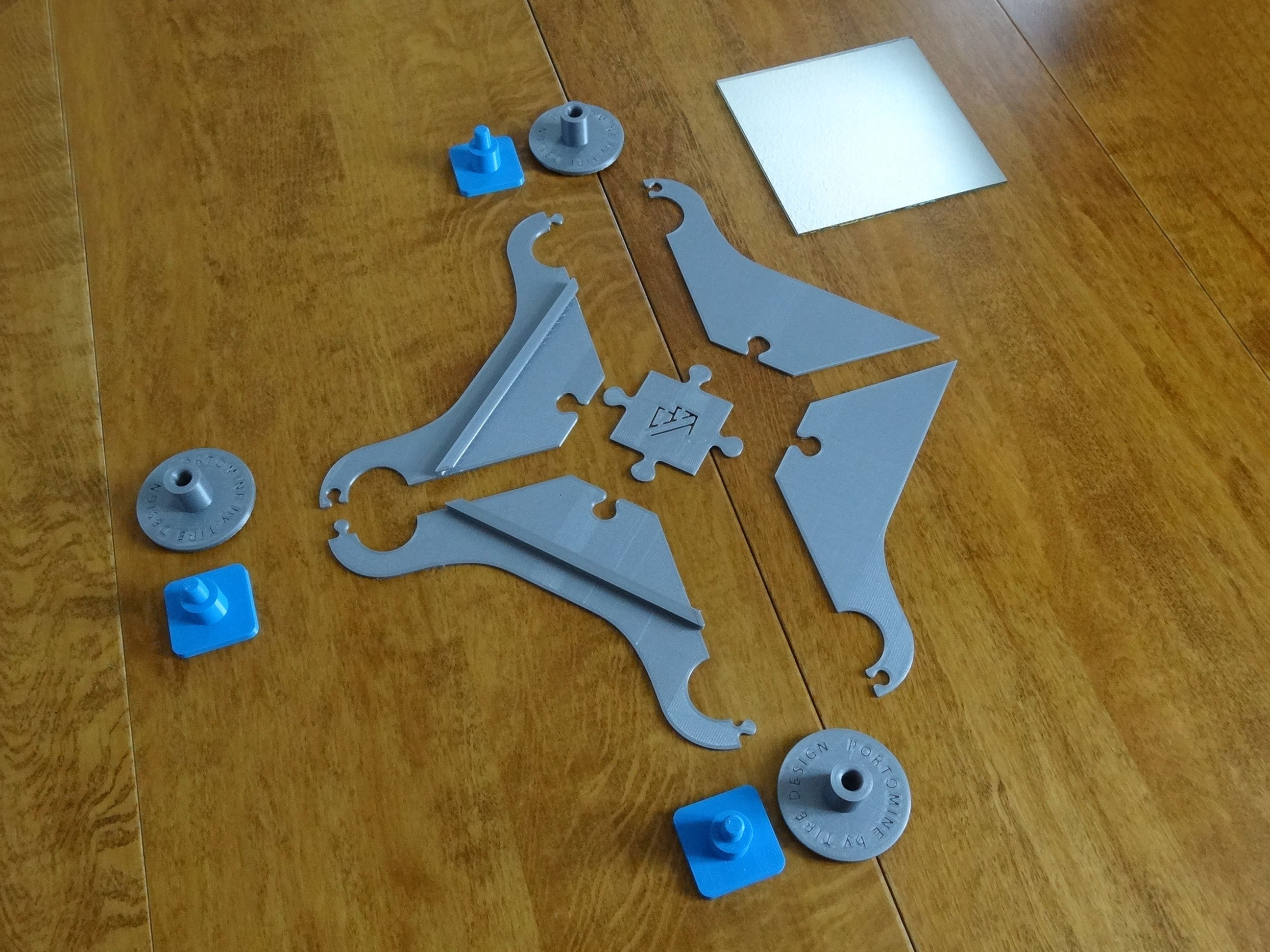 DSC06280.JPG Download STL file Mirror & pegs Portomine stars • 3D printer design, Tibe-Design