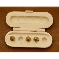 Free 3D file Spare Nozzle Case V2, JeanFaitout
