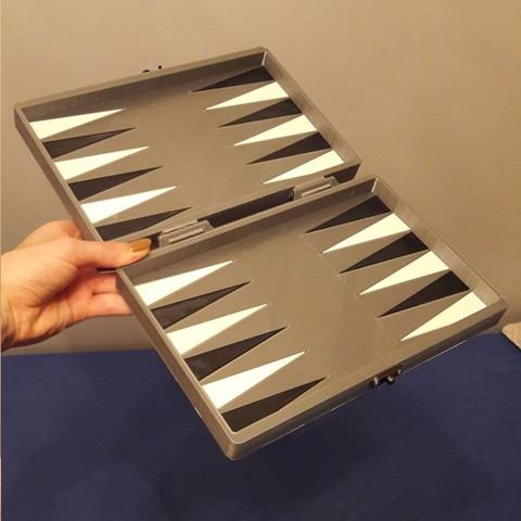 Objet 3d jeu de backgammon cults for Jeu d architecture 3d