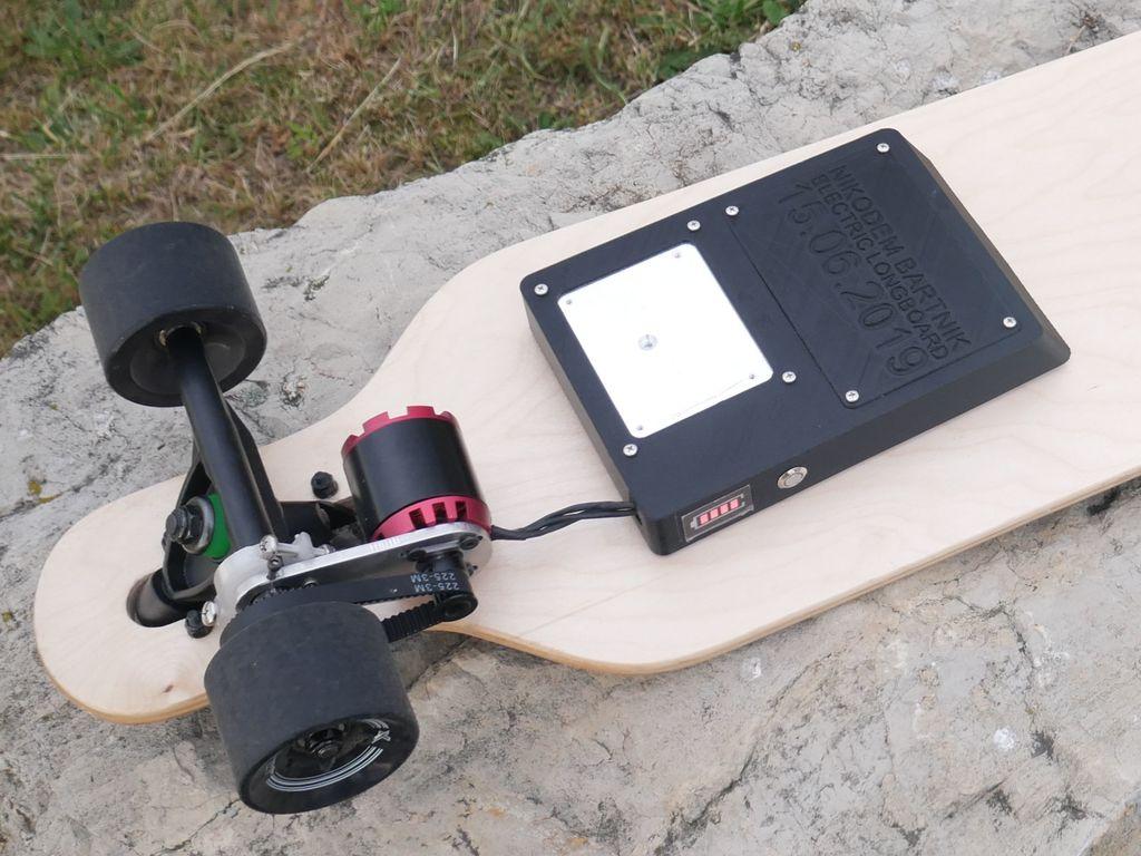 c878b32c555d6df76ae8118cf1cb8026_display_large.jpg Télécharger fichier STL gratuit Planche de bricolage électrique Longboard • Objet imprimable en 3D, NikodemBartnik