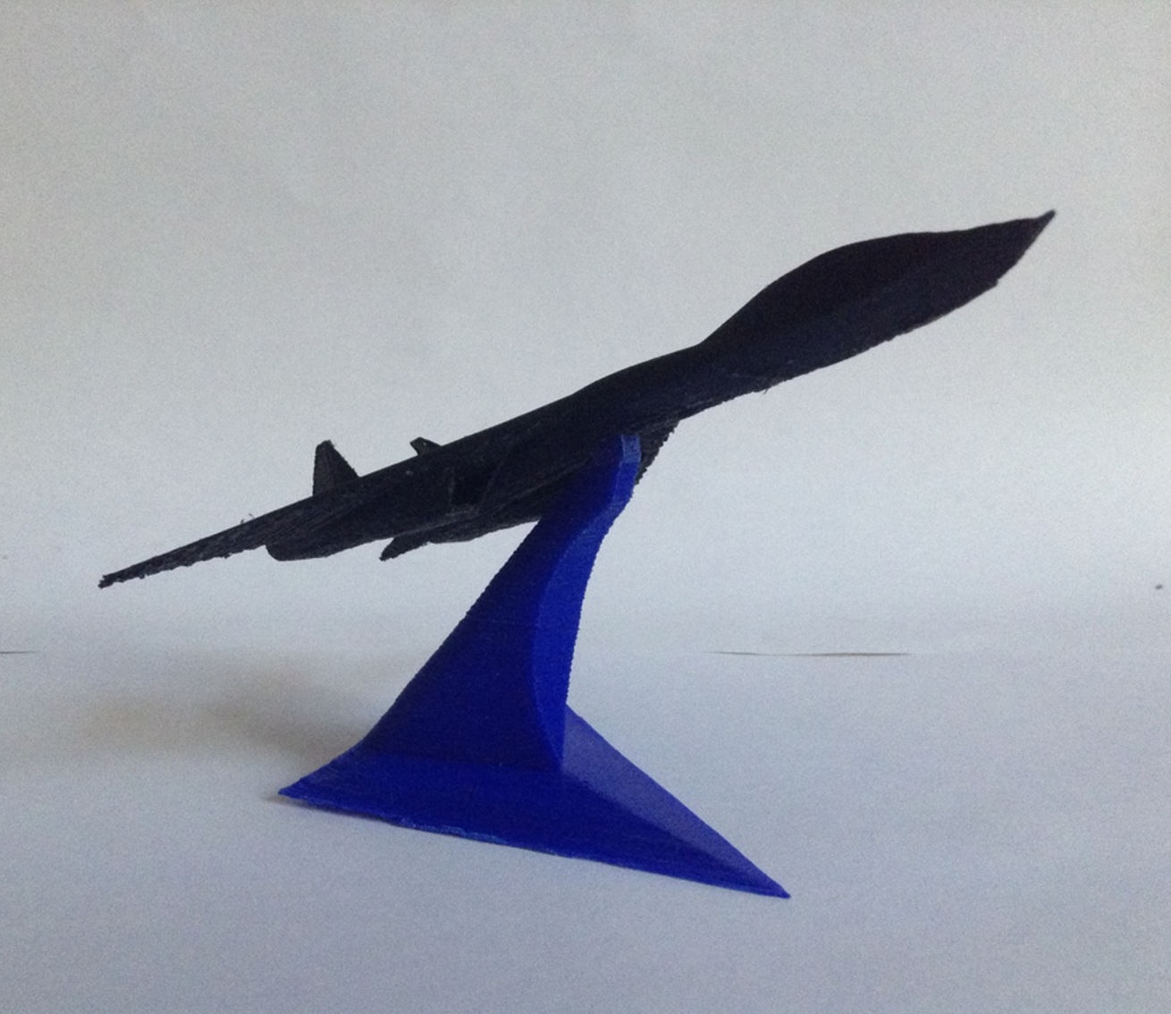 Capture d'écran 2017-08-28 à 16.53.24.png Download free STL file Starfighters with a display stand • 3D print object, morrisblue