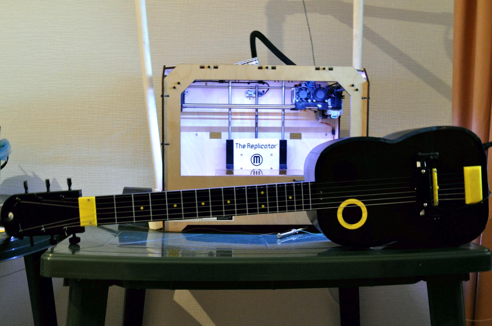 11.png Download free STL file Guitar with built in Amp and Speaker • 3D printable model, CrocodileGene3d