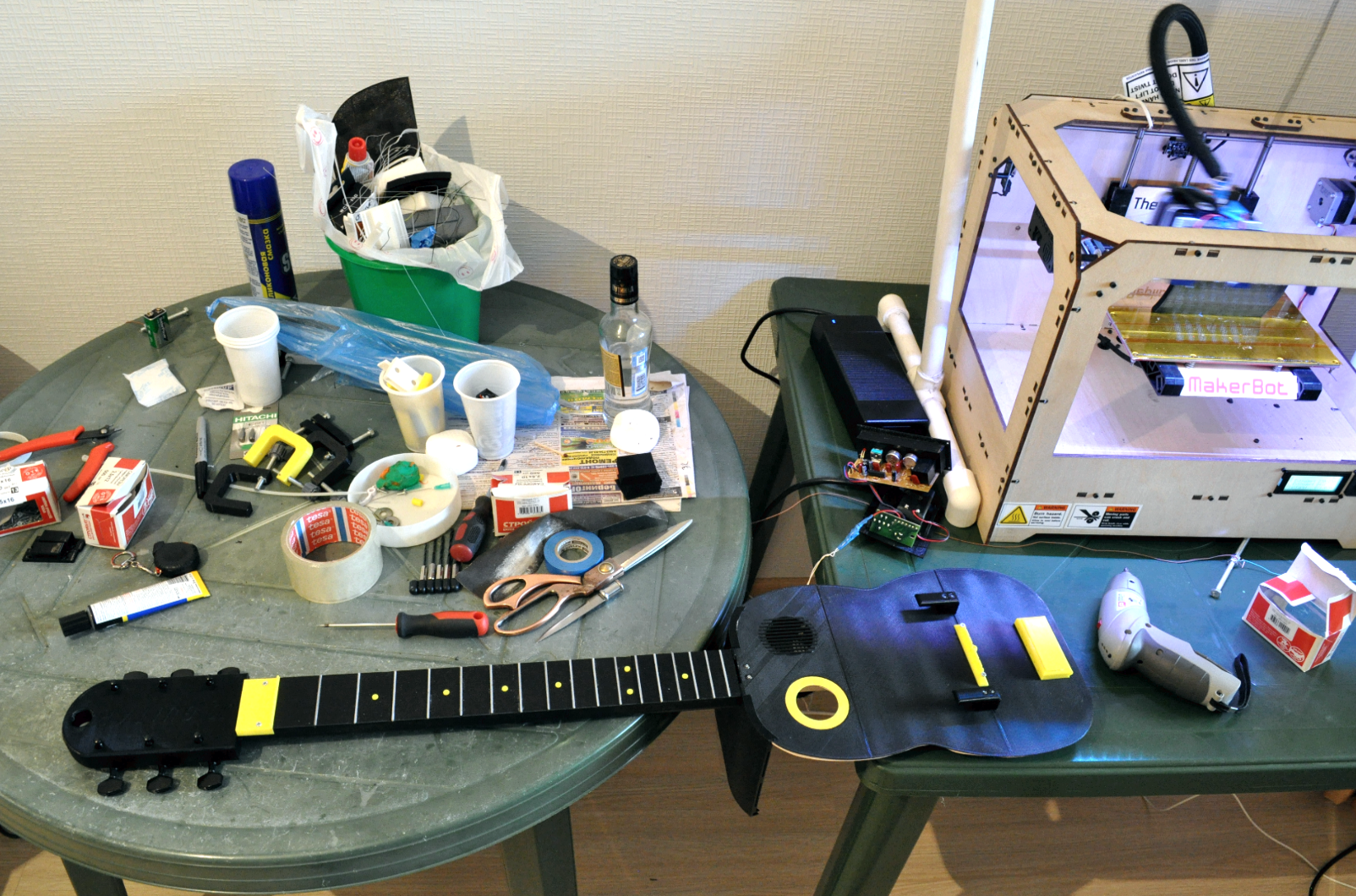 7.png Download free STL file Guitar with built in Amp and Speaker • 3D printable model, CrocodileGene3d